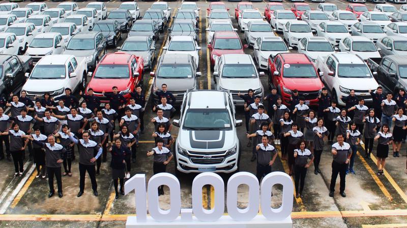 Chiếc xe Chevrolet thứ 10.000 vừa được giao đến tay người tiêu dùng là chiếc bán tải Colorado Centennial phiên bản đặc biệt sản xuất có giới hạn.
