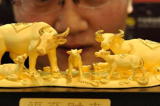 Dự báo Trung Quốc sẽ vượt Ấn Độ để trở thành thị trường vàng lớn nhất thế giới trong năm 2012 hoặc 2013.