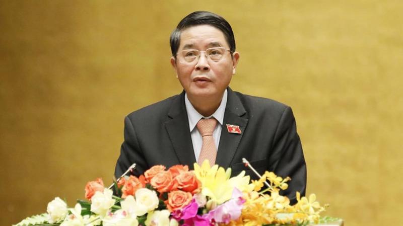 Chủ nhiệm Uỷ ban Tài chính - Ngân sách Nguyễn Đức Hải trình bày báo cáo thẩm tra