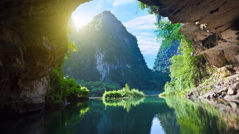 Hang Sơn Đòong - địa chỉ vàng cho du lịch Quảng Bình.