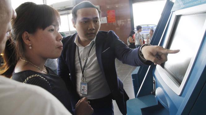 Từ năm 2018 thẻ Đảng viên, nhà báo không được làm thủ tục lên máy bay.