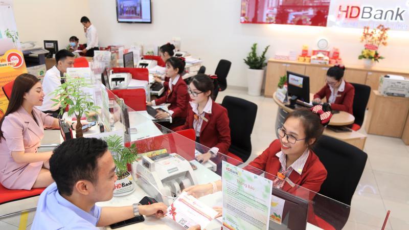 HDBank thường xuyên đưa ra các hình thức gửi tiết kiệm đa dạng.