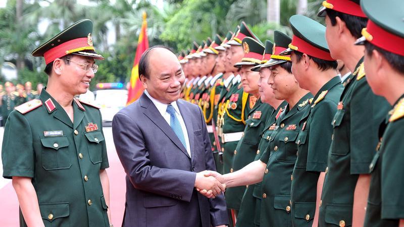 """Thủ tướng Nguyễn Xuân Phúc đánh giá những thành tích mà Viettel đạt là """"xuất sắc vượt bậc, toàn diện""""."""