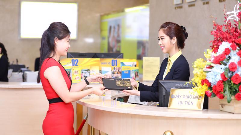Với định hướng trở thành ngân hàng bán lẻ hiện đại và đa năng, Nam A Bank không ngừng đa dạng hóa sản phẩm dịch vụ nhằm tối ưu hóa lợi ích cho khách hàng.