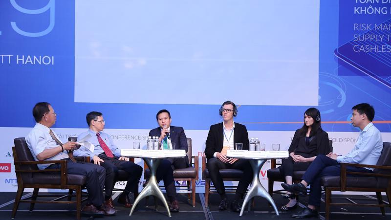 Đại diện OCB, ông Lê Thanh Quý Ngọc, Giám đốc Khối Quản lý rủi ro đã có những chia sẻ rất thiết thực tại sự kiện.
