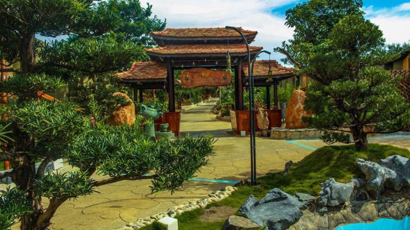 Lần đầu tiên ở khu vực Bảo Lộc (tỉnh Lâm Đồng) xuất hiện một khu du lịch sinh thái, resort quy mô lớn được kỳ vọng trở thành điểm đến hấp dẫn du khách trong và ngoài nước.