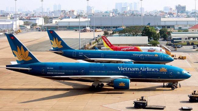 Dịch COVID-19 đã gây rối loạn hoạt động kinh tế, ảnh hưởng đời sống xã hội, làm tê liệt ngành hàng không Việt Nam và thế giới.