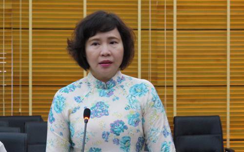 Thứ trưởng Hồ Thị Kim Thoa là nhân vật được dư luận chú ý trong nhiều bài báo gần đây.