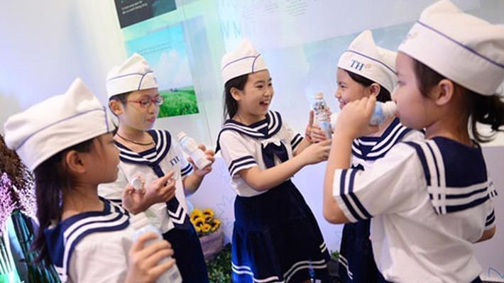 Bộ Y tế muốn cho cả các sản phẩm sữa dạng lỏng cũng được tham gia Chương trình sữa học đường.