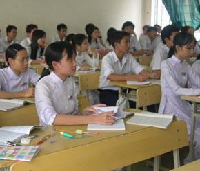 Mức vay cho học sinh, sinh viên đang được cân nhắc điều chỉnh.