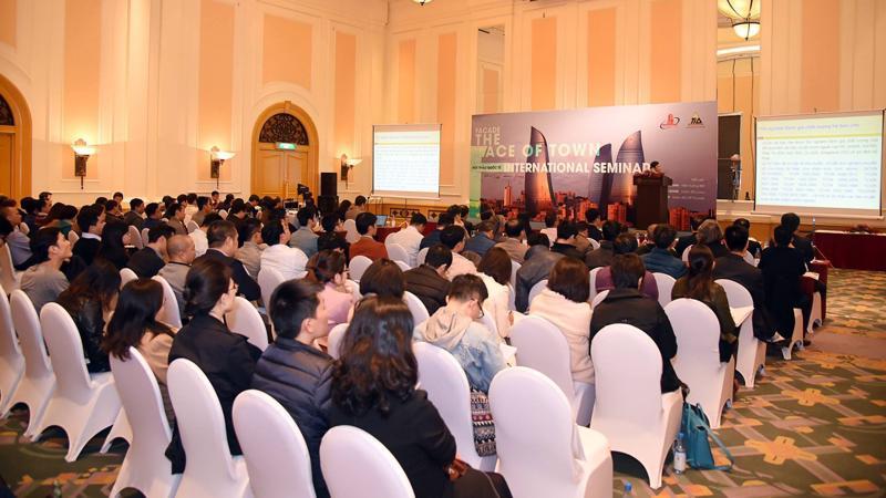 Hội thảo quốc tế FAÇADE - THE FACE OF TOWN do Viện Khoa Học Công Nghệ Xây Dựng (IBST) phối hợp với Công ty TID tổ chức ngày 21/12/2017 tại Hà Nội.