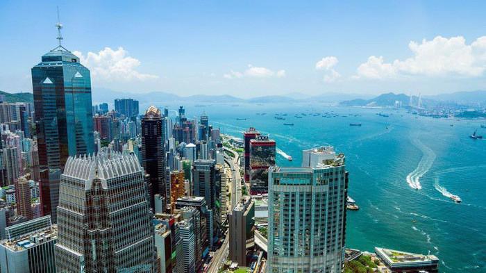 Nhà đầu tư Hồng Kông ồ ạt rót vốn vào thị trường Việt Nam.