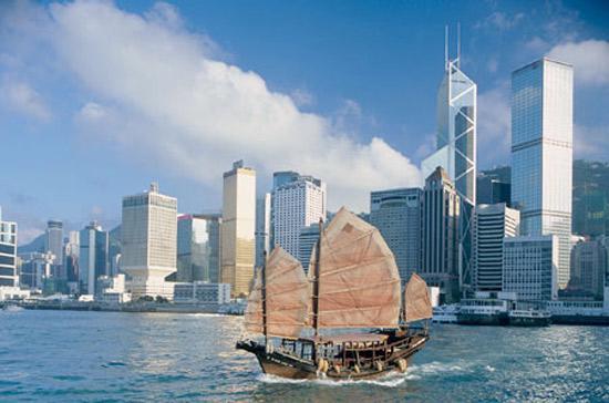 Hồng Kông từ lâu là thị trường bất động sản đắt đỏ nhất thế giới, nhưng từ tháng 6/2011 tới nay, giá nhà ở đây đã giảm 6%.