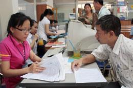 Cải cách, đơn giản hóa thủ tục hành chính vẫn là yêu cầu hàng đầu trong cải thiện môi trường kinh doanh quốc gia và các địa phương.