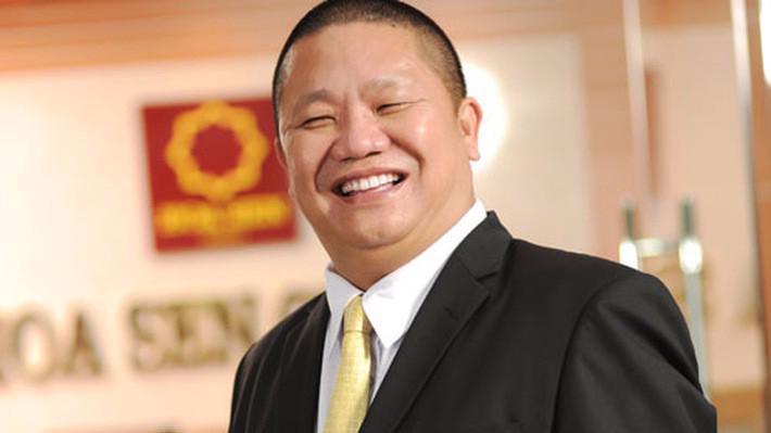 Hiện, cá nhân ông Lê Phước Vũ đang nắm giữ 37.442.000 cổ phiếu HSG, tương đương 10,7% vốn.