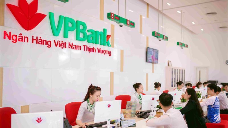 VPBank được nhìn nhận là một trong những ngân hàng tích cực nhất ở phân khúc tín dụng tiêu dùng cá nhân, phân khúc doanh nghiệp vừa và nhỏ và phân khúc tiểu thương.