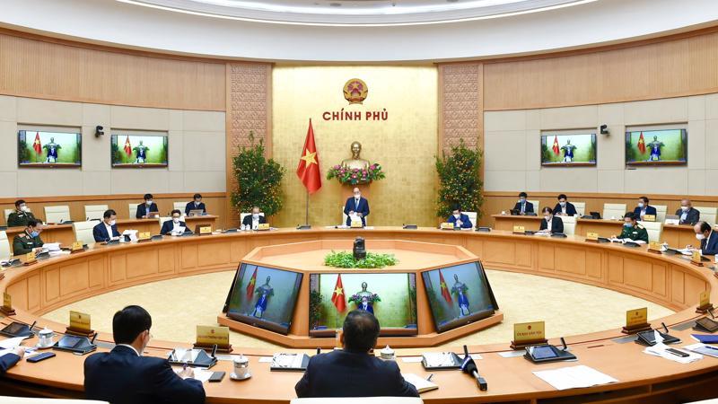 Thủ tướng yêu cầu tất cả cán bộ, công chức cần phát huy tinh thần trách nhiệm, tận tụy, gương mẫu, nhất là không đi lễ hội trong giờ hành chính.
