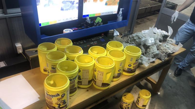 Gần 6kg nghi cần sa vừa được phát hiện trong 3 lô hàng tại hải quan cửa khẩu Tân Sơn Nhất