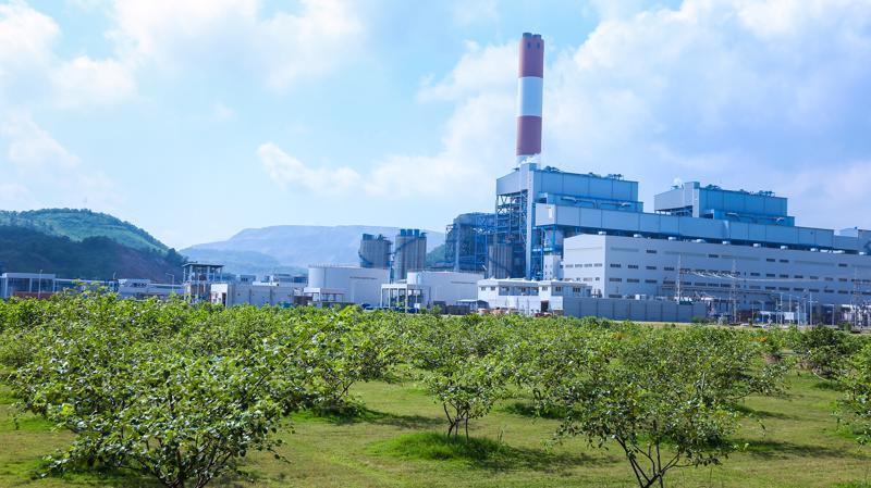 Nhà máy Mông Dương 2 được hoàn thành xây dựng vào năm 2015 theo theo hợp đồng Xây dựng - Kinh doanh - Chuyển giao (BOT).