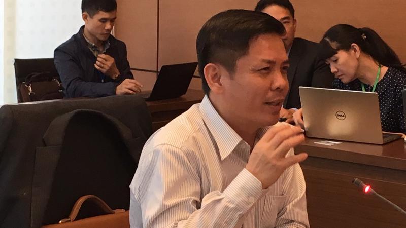 Bộ trưởng Bộ Giao thông Vận tải Nguyễn Văn Thể phát biểu tại tổ.
