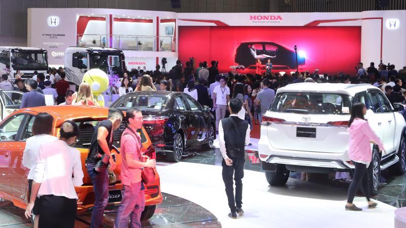 Tình trạng khan hiếm nguồn cung ở thị trường ôtô Việt Nam được dự báo sẽ còn kéo dài cho đến cuối năm 2018.