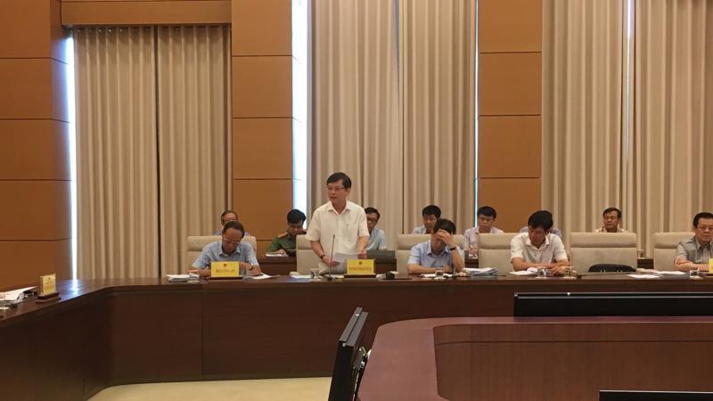 Viện trưởng Viện Kiểm sát nhân dân Tối cao Lê Minh Trí phát biểu tại phiên họp