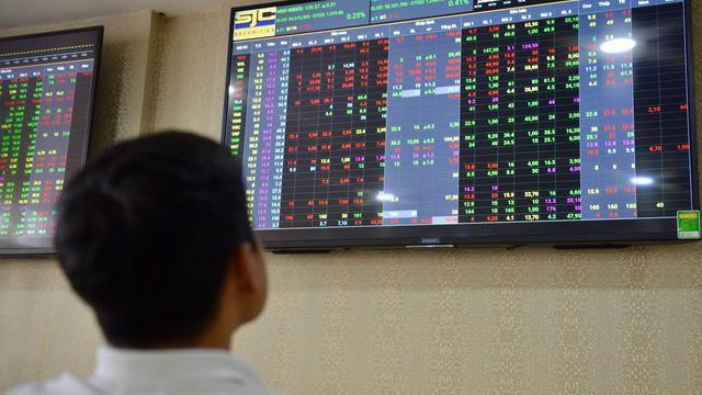 Chỉ số P/E của thị trường chứng khoán Việt Nam khoảng 17 lần, đây được cho là mức thấp so với nhiều thị trường chứng khoán quốc tế.