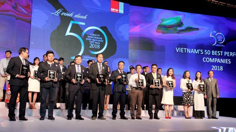 Tập đoàn Novaland lần thứ 3 liên tiếp được vinh danh trong Top 50 công ty kinh doanh hiệu quả nhất Việt Nam.