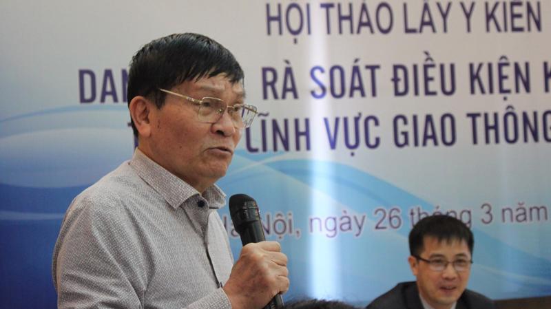 Ông Nguyễn Văn Thanh, Chủ tịch Hiệp hội vận tải ôtô Việt Nam phát biểu tại hội thảo.