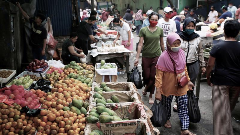 Indonesia lần đầu tiên rơi vào suy thoái kể từ khủng hoảng tài chính châu Á - Ảnh: Nikkei.