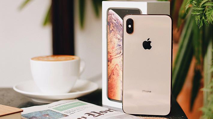 Bản iPhone XS Max 512GB có giá lên tới 44 triệu đồng thay vì 43 triệu đồng như dự kiến trước đó.