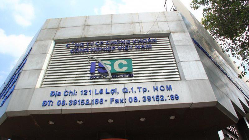 Đình chỉ hoạt động Chứng khoán Công nghiệp Việt Nam.