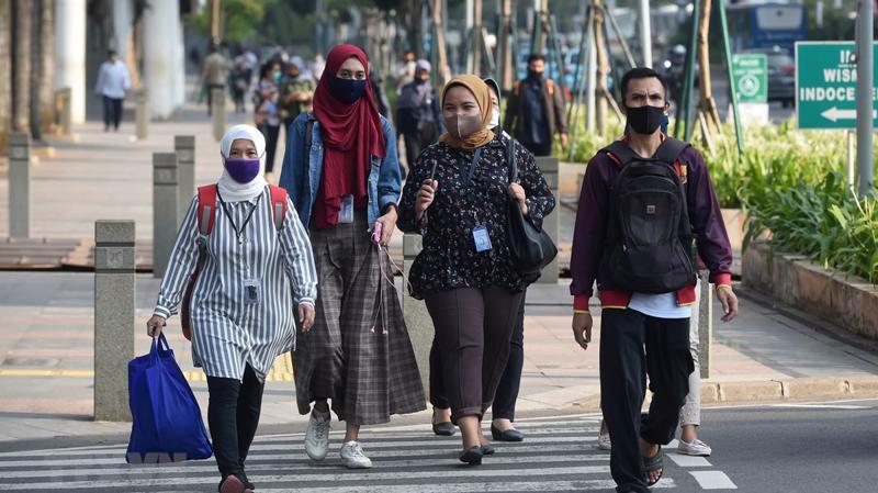 Indonesia lần đầu suy giảm kinh tế trong hơn 20 năm - Ảnh: AFP