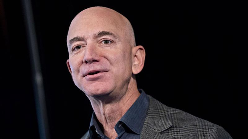 Tỷ phú giàu nhất thế giới Jeff Bezos - Ảnh: Getty Images