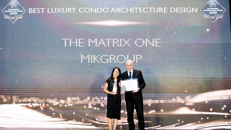 """MIKGroup vinh dự nhận giải thưởng """"Dự án căn hộ hạng sang có thiết kế kiến trúc đẹp nhất Đông Nam Á"""" cho dự án hạng A The Matrix One."""