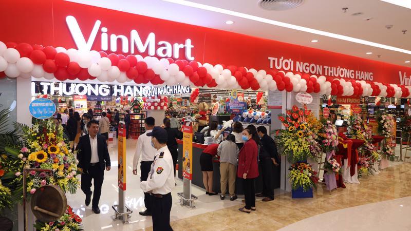 VinMart Ocean Park với tổng diện tích hơn 3.000 m2 tại tầng 2 của trung tâm thương mại Vincom Mega Mall Ocean Park.