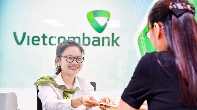 Vietcombank luôn mong muốn chia sẻ với khách hàng, góp phần ổn định kinh tế xã hội đất nước, chung tay cùng cộng đồng vượt qua đại dịch Covid-19.