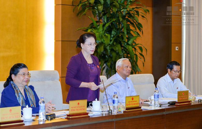 Chủ tịch Quốc hội Nguyễn Thị Kim Ngân phát biểu khai mạc phiên họp thứ 13 của Uỷ ban Thường vụ Quốc hội.