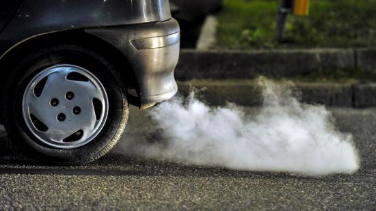 """<span style=""""font-family: &quot;Times New Roman&quot;; font-size: 16px;"""">Xe ôtô chạy bằng nhiên liệu diezen áp dụng tiêu chuẩn khí thải mức 4 từ 1/1/2018.</span>"""