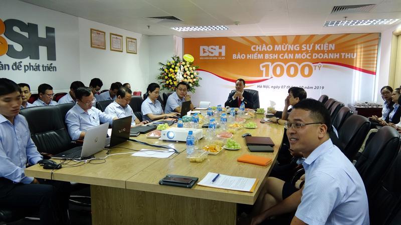 Tổng Công ty Cổ phần Bảo hiểm Sài Gòn - Hà Nội (BSH) tổ chức chương trình kỷ niệm cột mốc kinh doanh 1.000 tỷ đồng trên toàn hệ thống.