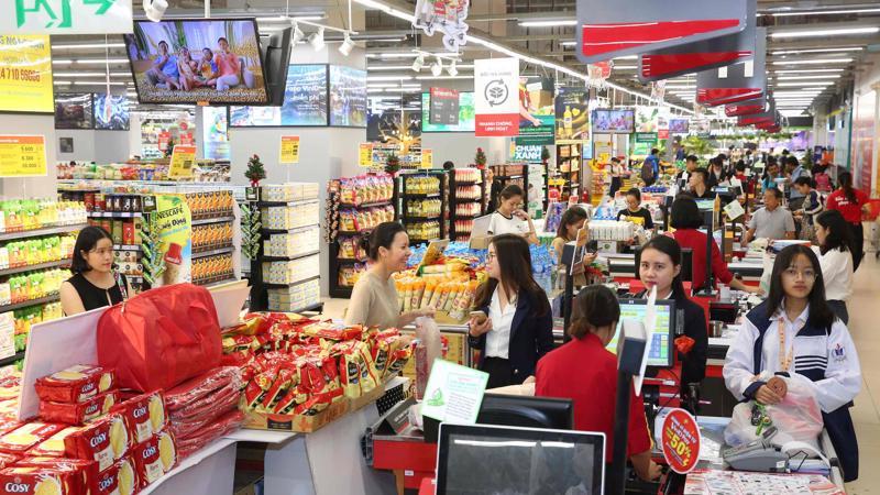 Khách hàng của VinCommerce vẫn tiếp tục được hưởng các ưu đãi của Vingroup, đặc biệt là các chính sách đặc quyền thẻ VinID dành cho khách hàng.