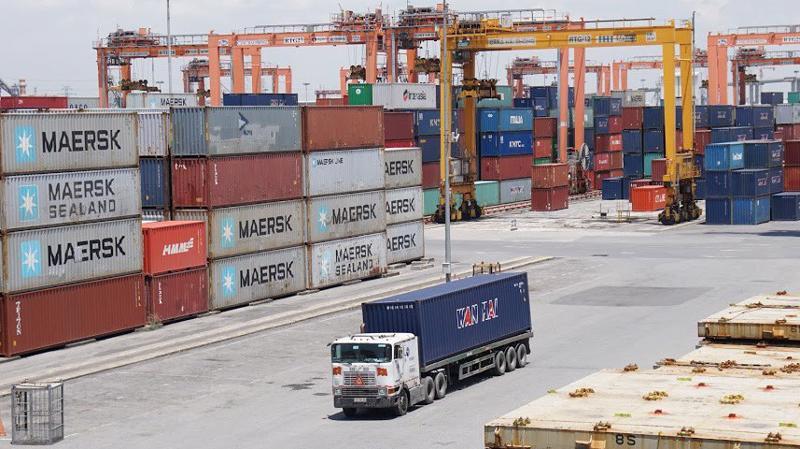 Nếu xuất nhập khẩu hàng hóa của Việt Nam trong năm 2019 tăng 5% so với năm 2018 thì cột mốc 500 tỷ USD sẽ đạt được trong quý 4 năm 2019. Ảnh minh họa: Quang Phúc