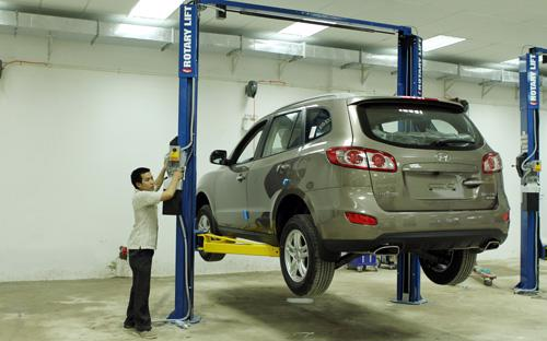 Bảo dưỡng, vệ sinh và kiểm tra các bộ phận của xe cẩn thận sẽ giúp bạn có những chuyến đi an toàn trong những ngày đầu xuân mới - Ảnh: Bobi.<br>