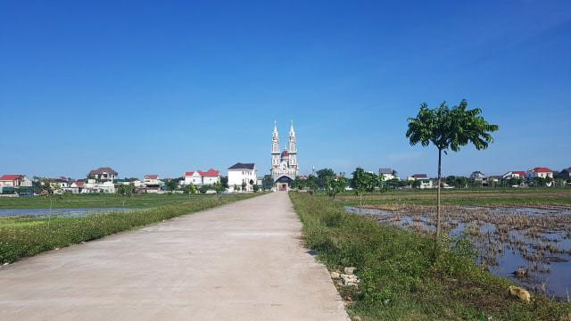 Một ngôi làng ở Nghệ An, nơi có một số gia đình trình báo có thân nhân mất tích ở Anh.