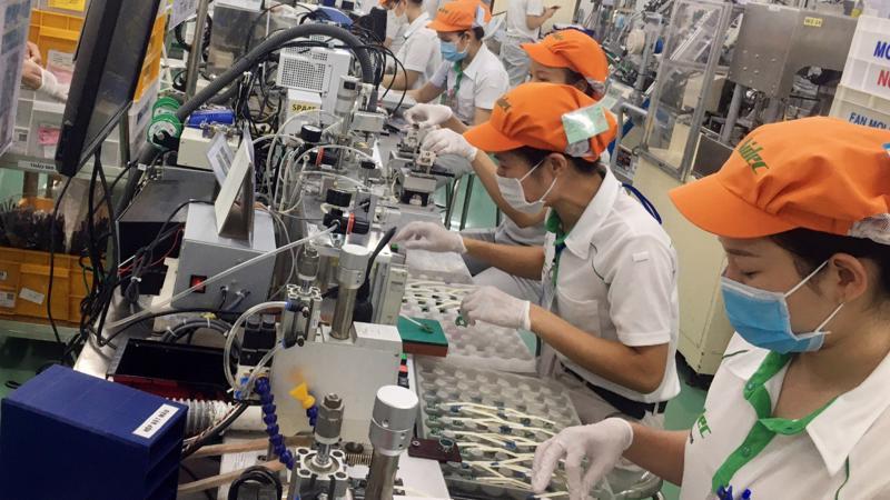Cơ cấu việc làm chuyển từ thâm dụng lao động sang ứng dụng công nghệ