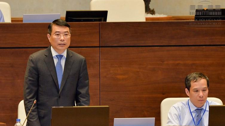 Thống đốc Ngân hàng Nhà nước Việt Nam Lê Minh Hưng giải trình trong một phiên thảo luận tại nghị trường.