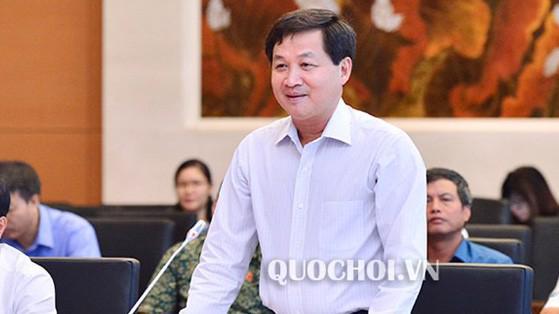 Tổng thanh tra Chính phủ Lê Minh Khái trình bày báo cáo.