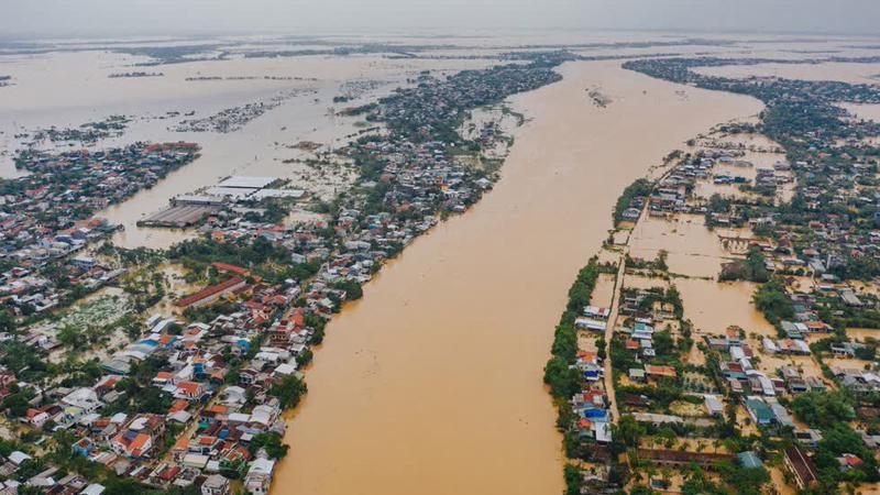 Dự báo miễn Trung tiếp tục có mưa lớn trong những ngày tới, nguy cơ ngập lụt sâu ở vùng trũng thấp. Ảnh minh họa.