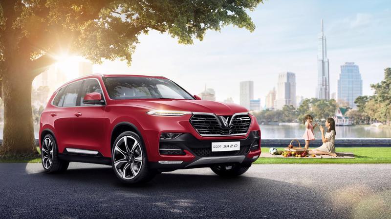 Chưa đầy 18 tháng kể từ khi bàn giao xe thương mại, ba mẫu ô tô đầu tiên của VinFast đã vươn lên dẫn đầu các phân khúc.