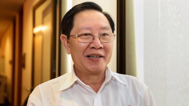 """Bộ trưởng Bộ Nội vụ Lê Vĩnh Tân cho biết, nếu Bộ Chính trị có ý kiến kết luận, Bộ Nội vụ sẽ chỉnh sửa các văn bản pháp luật kèm theo để phục vụ cho việc có hay không có """"hàm""""."""
